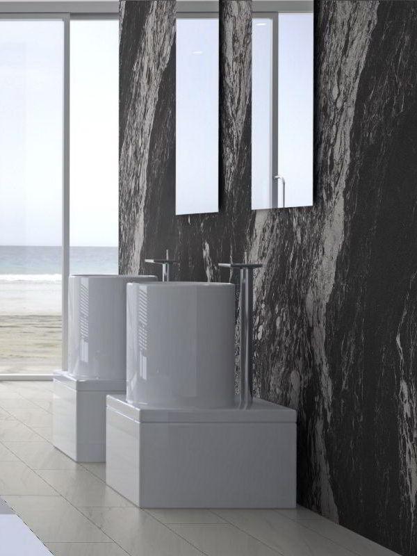 Fliesen überkleben - Badsanierung leicht gemacht